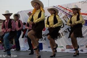 Local dancers.